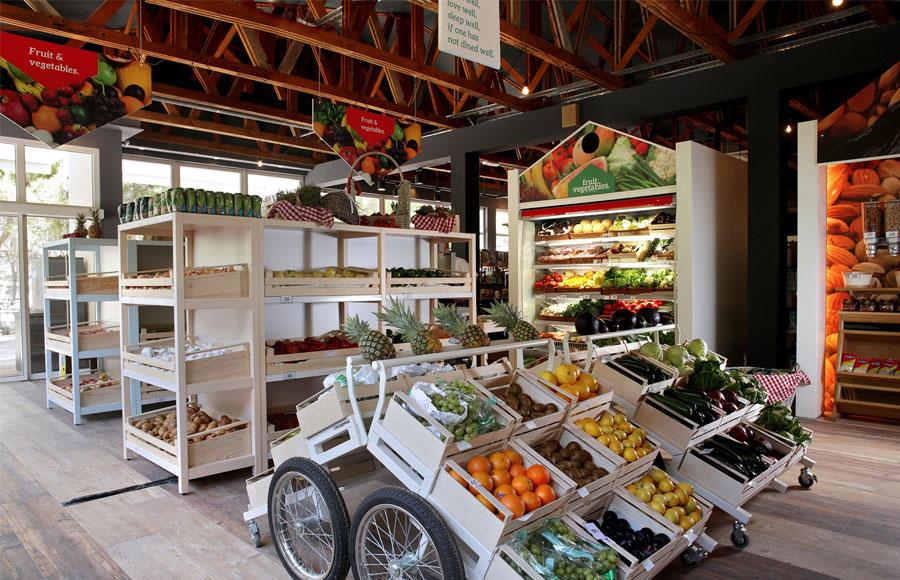 Solaris_camping_beach_resort_supermarket